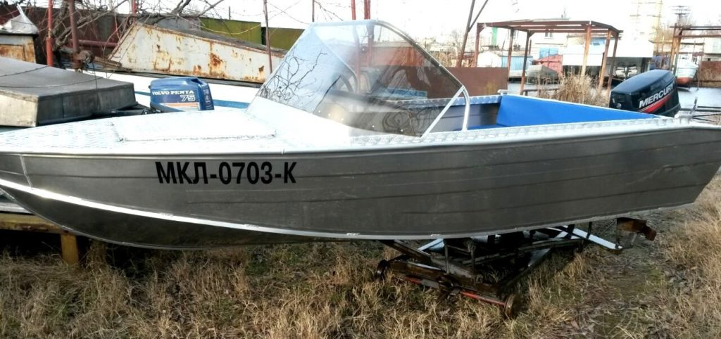"Лодки алюминиевые типа ""финвал"""